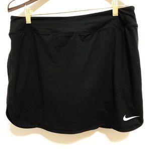 Nike | Dri- Fit Black Skort | L